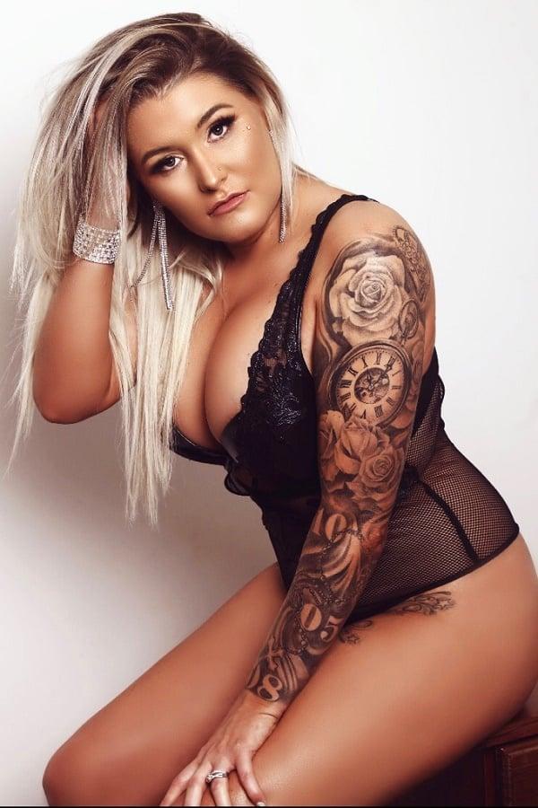 Female Stripper Melbourne - Anneyce Love