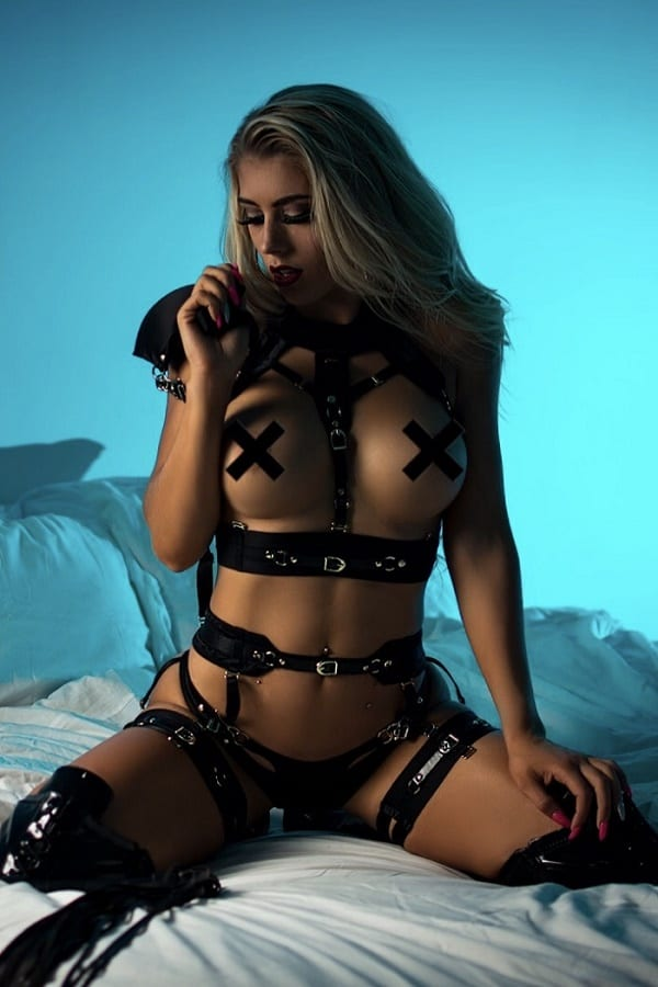 Female Stripper Melbourne - Ishka