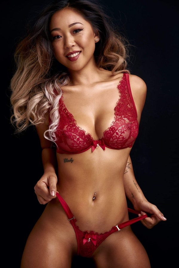 Female Stripper Melbourne - Katie