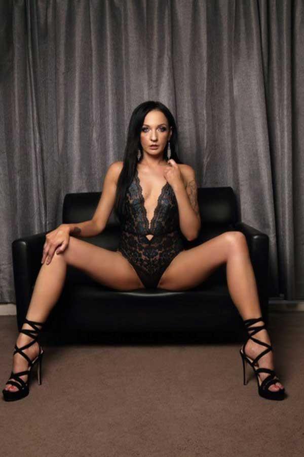 Female Stripper Melbourne - Aurora
