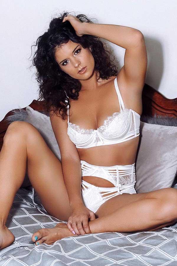 Female Stripper Melbourne - Naomi